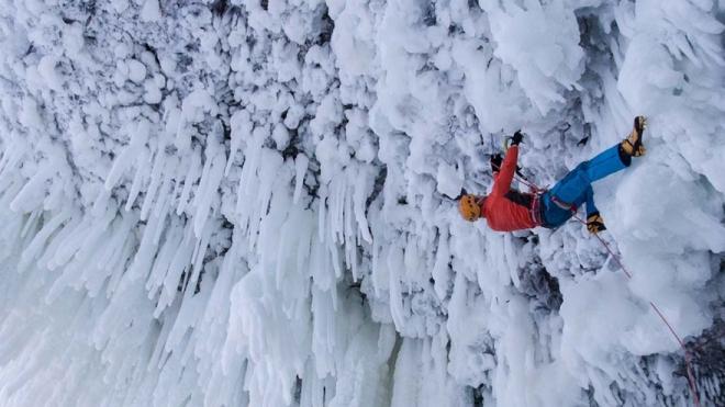 Escalada en hielo, Escocia-tuviajedegrupo-desafíospeligrosos